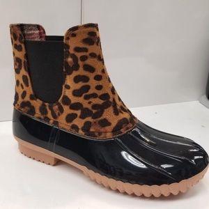 Shoes - IN STOCK! Leopard Waterproof Duck Rain Boot